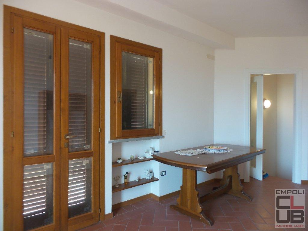 Appartamento in vendita a Montespertoli, 4 locali, prezzo € 185.000 | CambioCasa.it