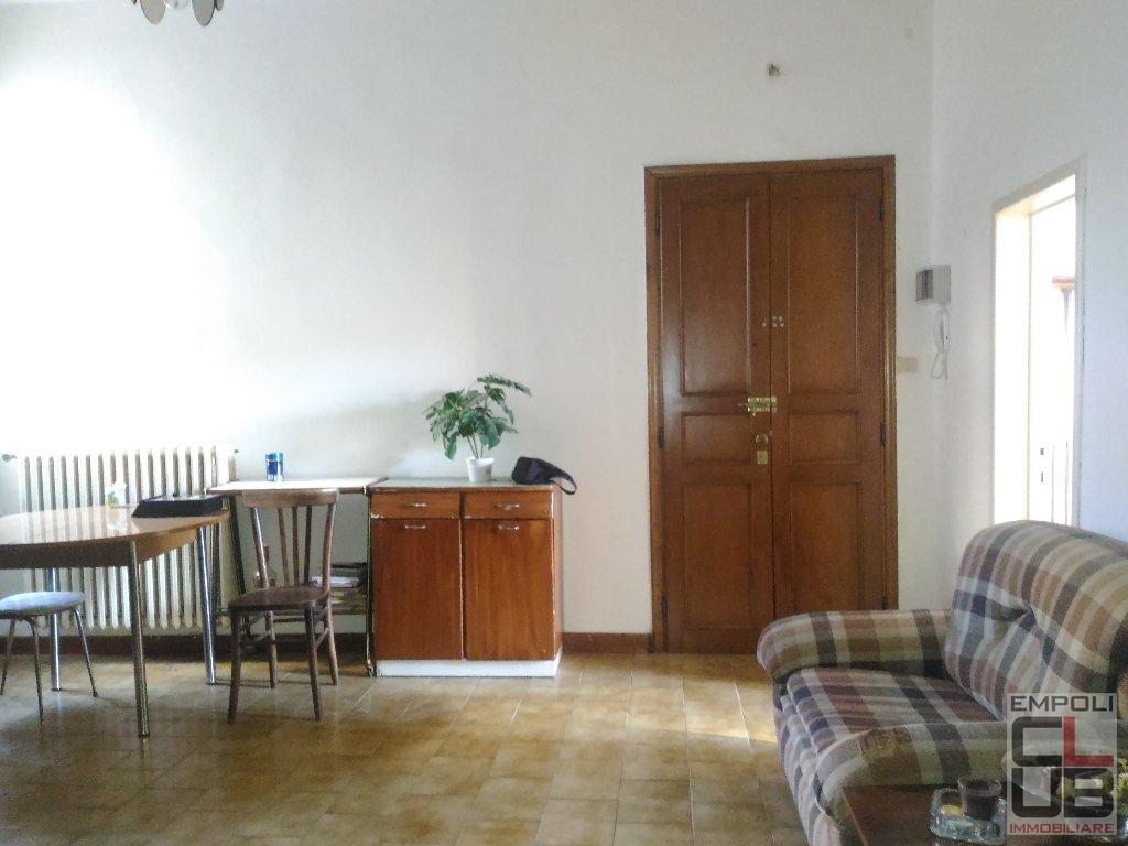 Appartamento in vendita a Empoli, 4 locali, prezzo € 93.000 | CambioCasa.it