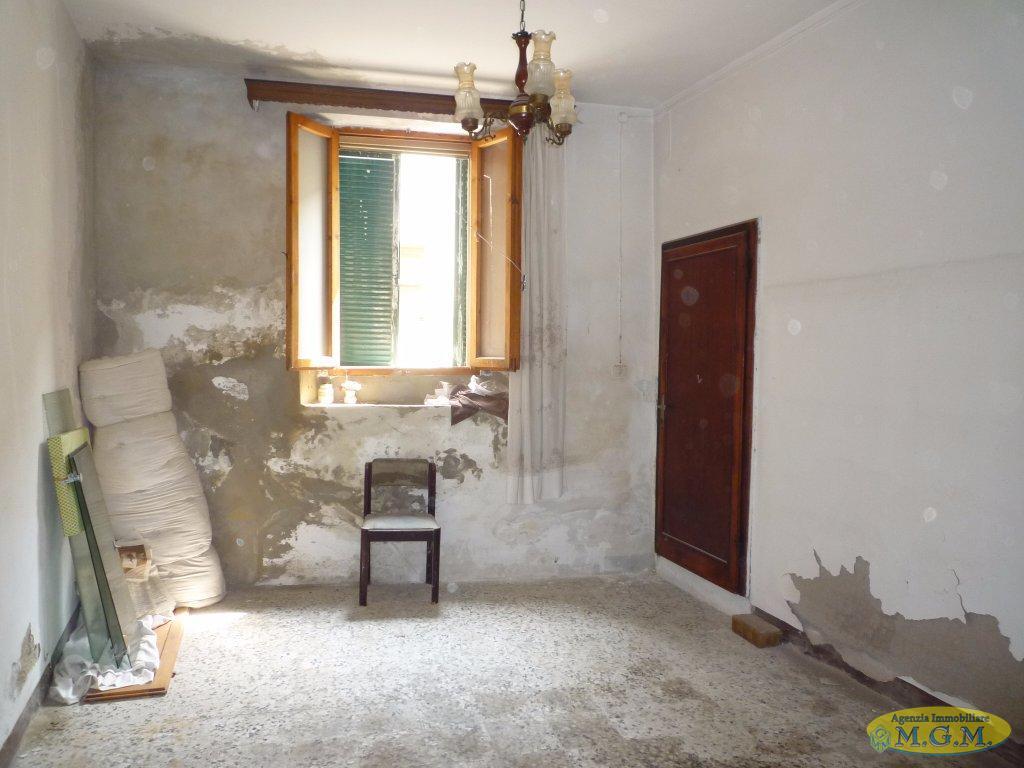 Appartamento in vendita a Montopoli in Val d'Arno, 3 locali, prezzo € 35.000 | PortaleAgenzieImmobiliari.it
