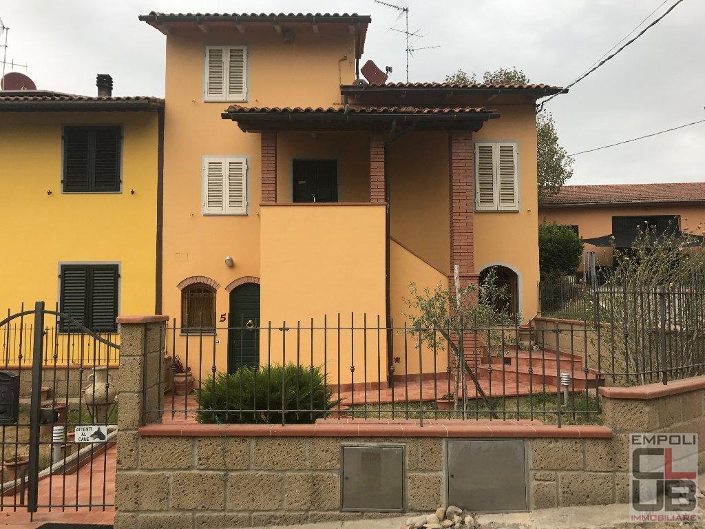 Soluzione Indipendente in vendita a Cerreto Guidi, 7 locali, prezzo € 320.000 | CambioCasa.it