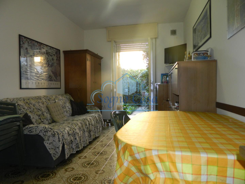 Appartamento in vendita a Ortonovo, 2 locali, prezzo € 165.000 | PortaleAgenzieImmobiliari.it