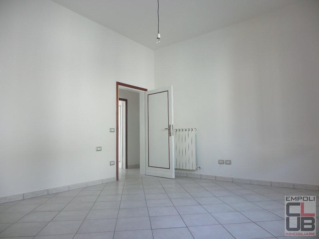 Soluzione Indipendente in vendita a Empoli, 7 locali, prezzo € 265.000 | CambioCasa.it
