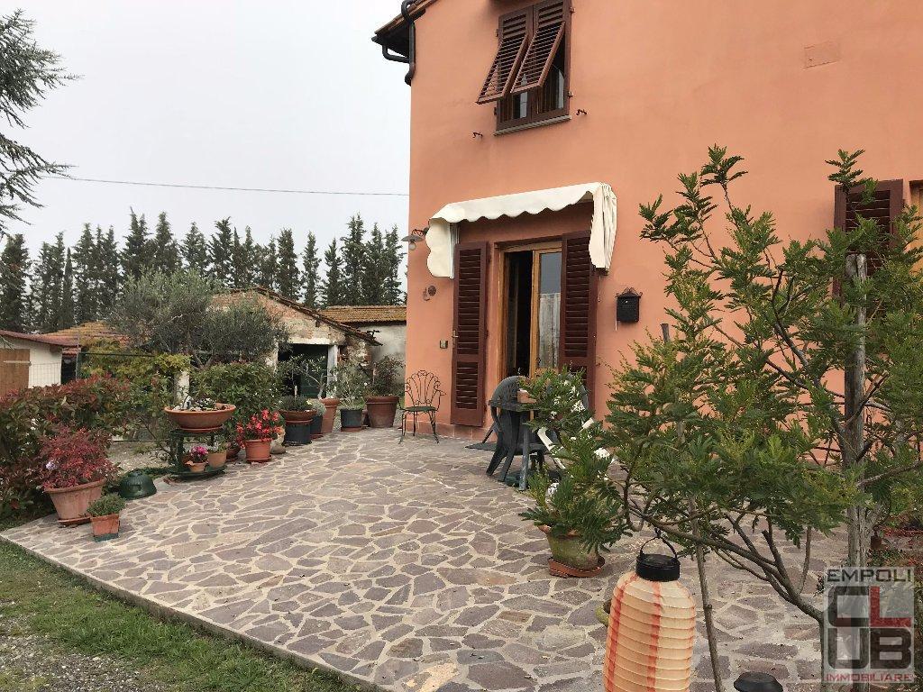 Soluzione Indipendente in vendita a Empoli, 5 locali, prezzo € 250.000 | CambioCasa.it