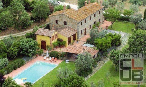 Azienda agricola in vendita a Carmignano (PO)