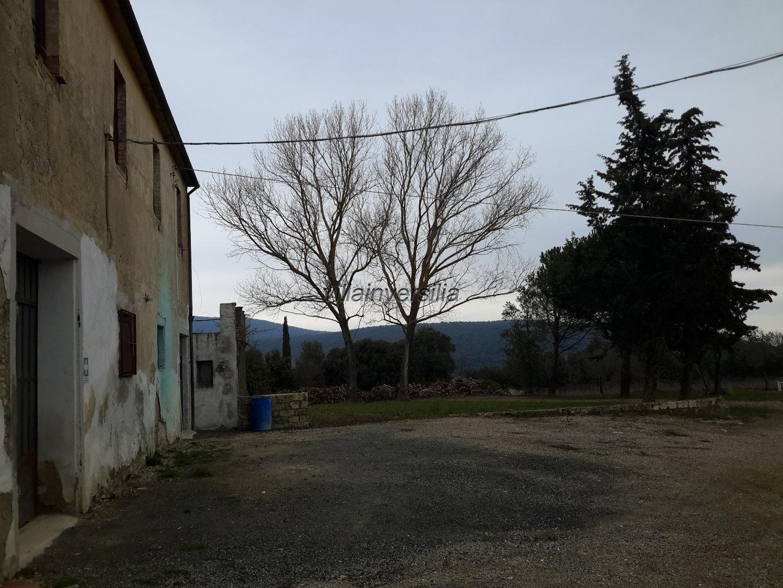 Foto 3/6 per rif. V 92018 villa  e vigneti