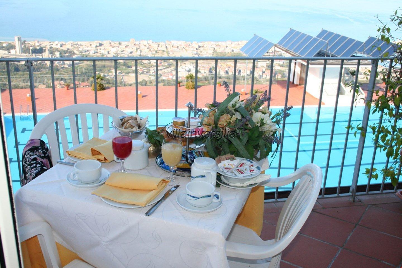Foto 10/34 per rif. V 492018 Hotel Calabria