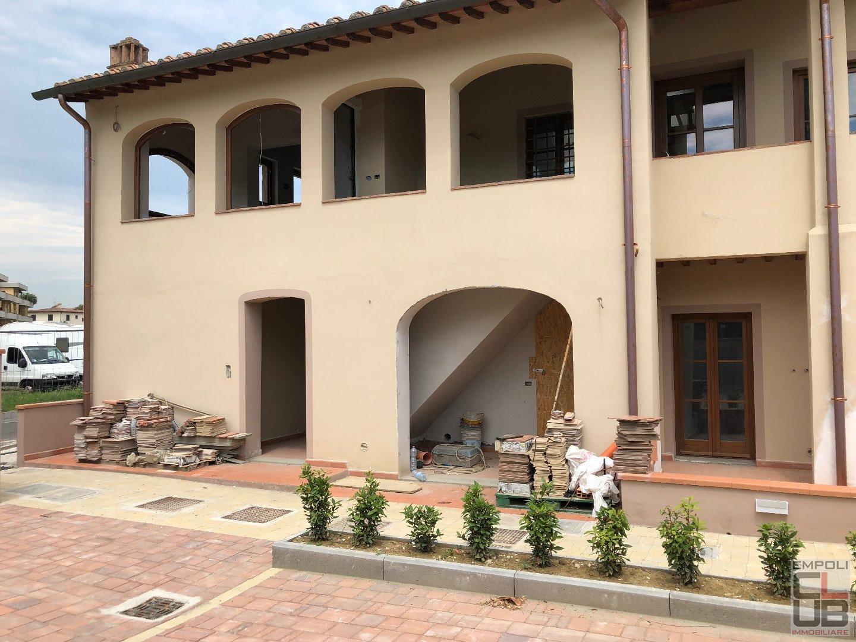 Loft / Openspace in vendita a Vinci, 4 locali, prezzo € 180.000   CambioCasa.it