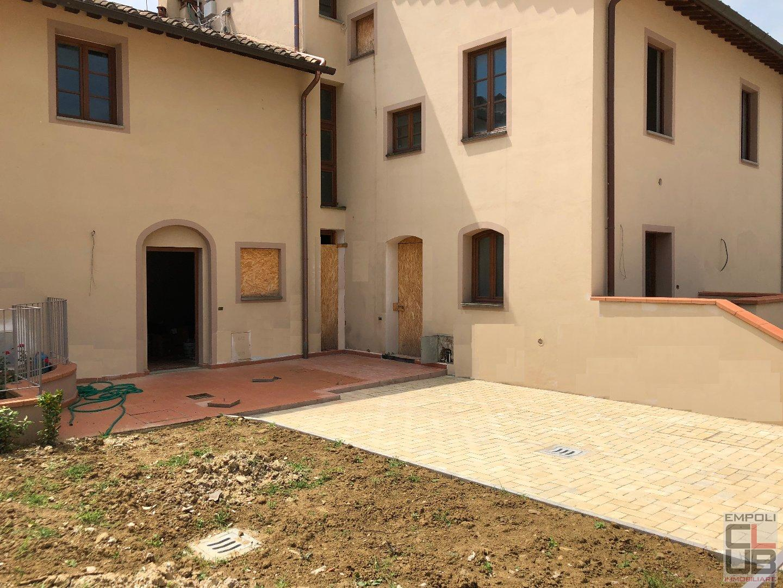 Loft / Openspace in vendita a Vinci, 3 locali, prezzo € 170.000   CambioCasa.it