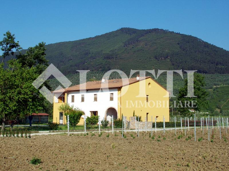 Rustico for Sale in Vicopisano (PI)