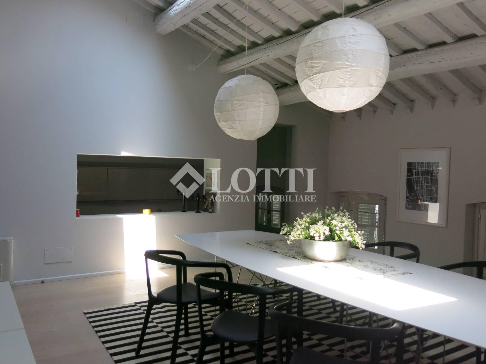 Appartamento in vendita, rif. 590-B