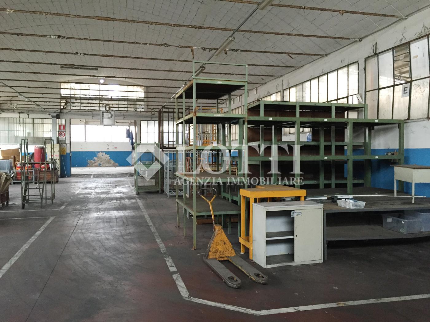 Capannone industriale in Vendita, rif. 28-bit