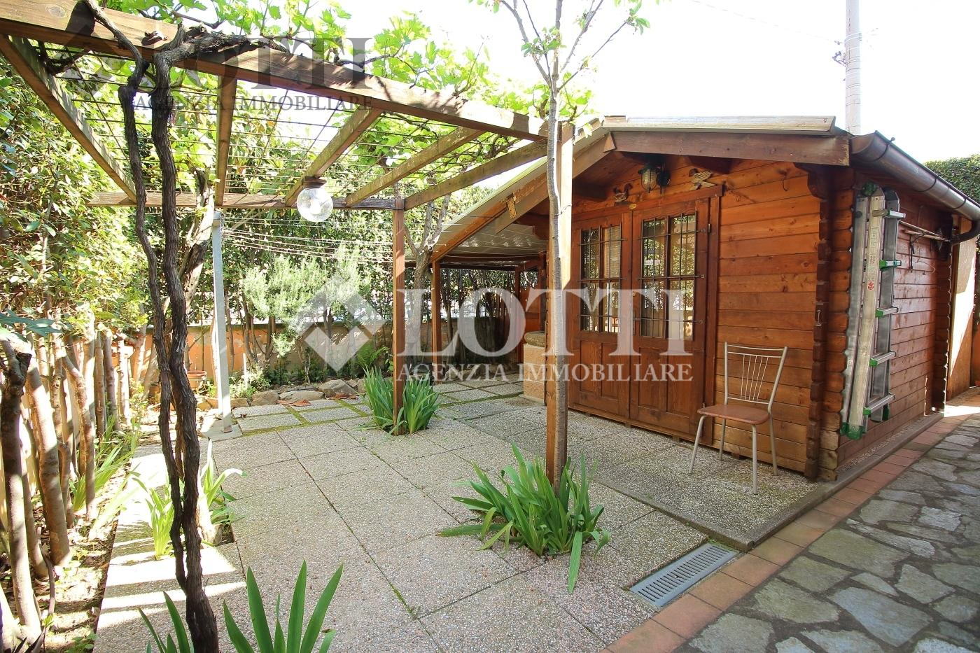 Casa singola in vendita, rif. 538