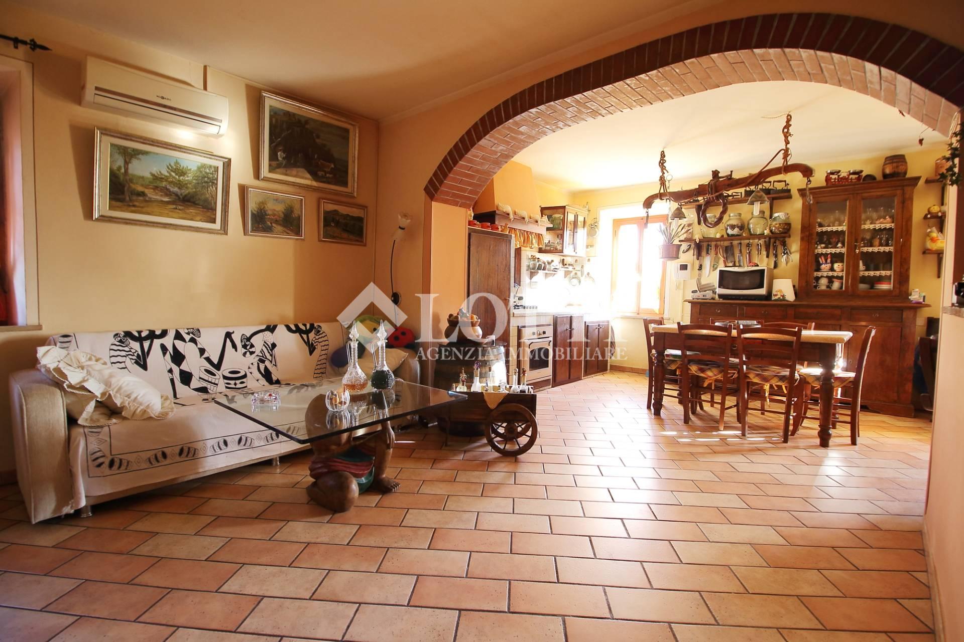 Villetta a schiera in vendita a Cascine, Buti (PI)