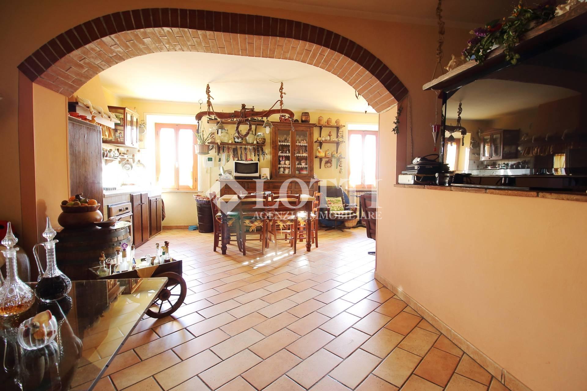 Villetta a schiera in vendita, rif. 250