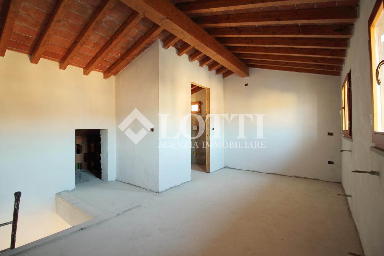 Villetta a schiera in vendita, rif. 240-b