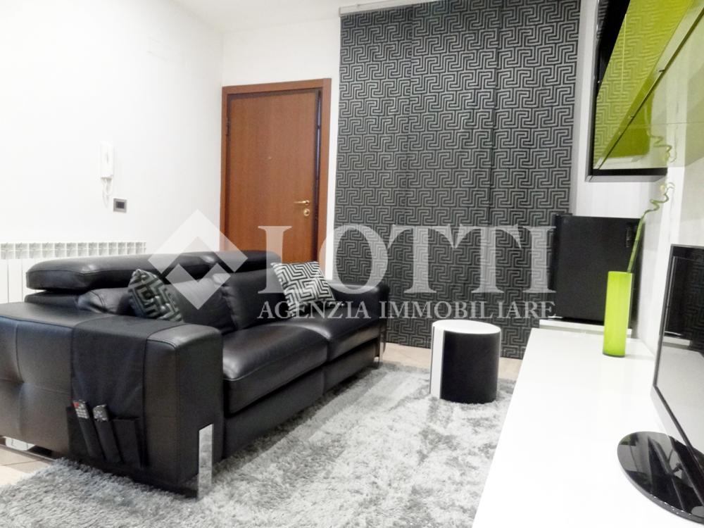 Appartamento in vendita, rif. 350