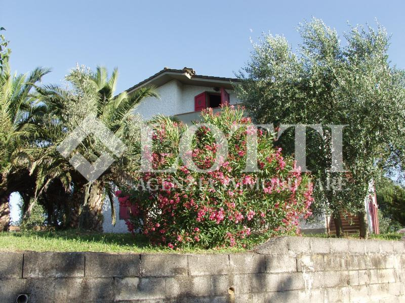 Casa singola in vendita, rif. 184