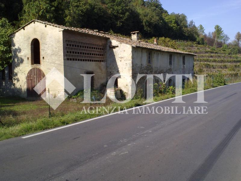 Rustico for Sale in Buti (PI)