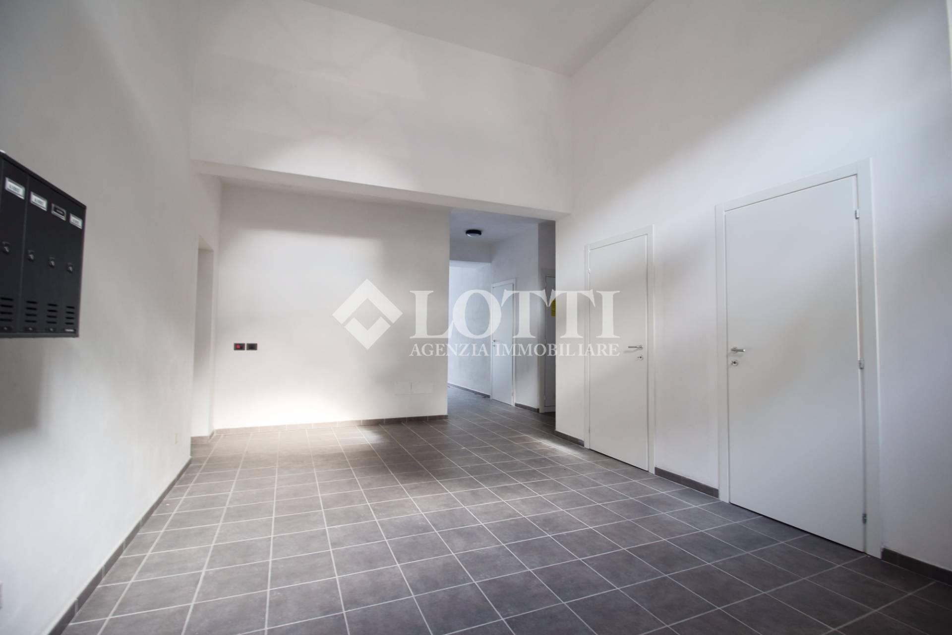 Appartamento in vendita, rif. 99-E