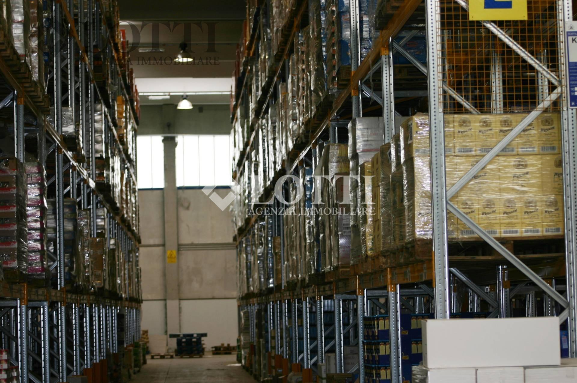 Capannone industriale in vendita, rif. 561
