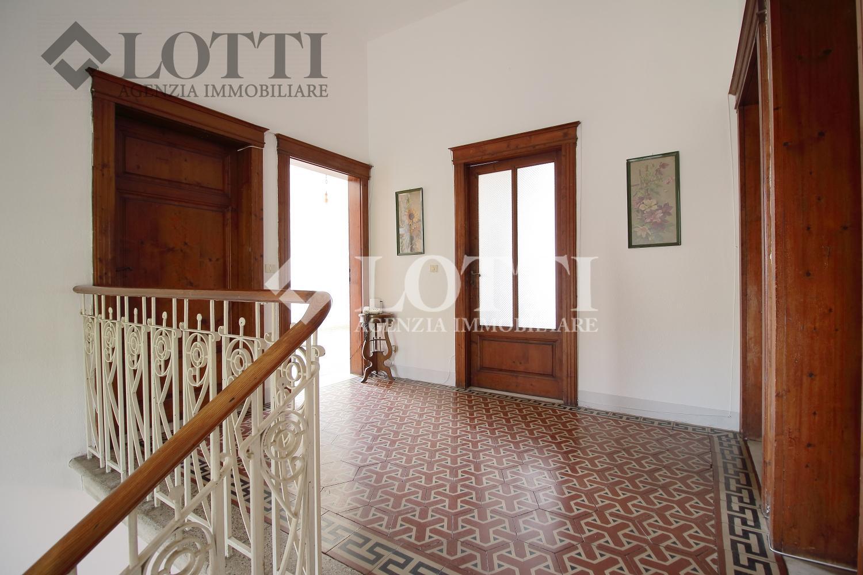 Villa singola in vendita, rif. 442