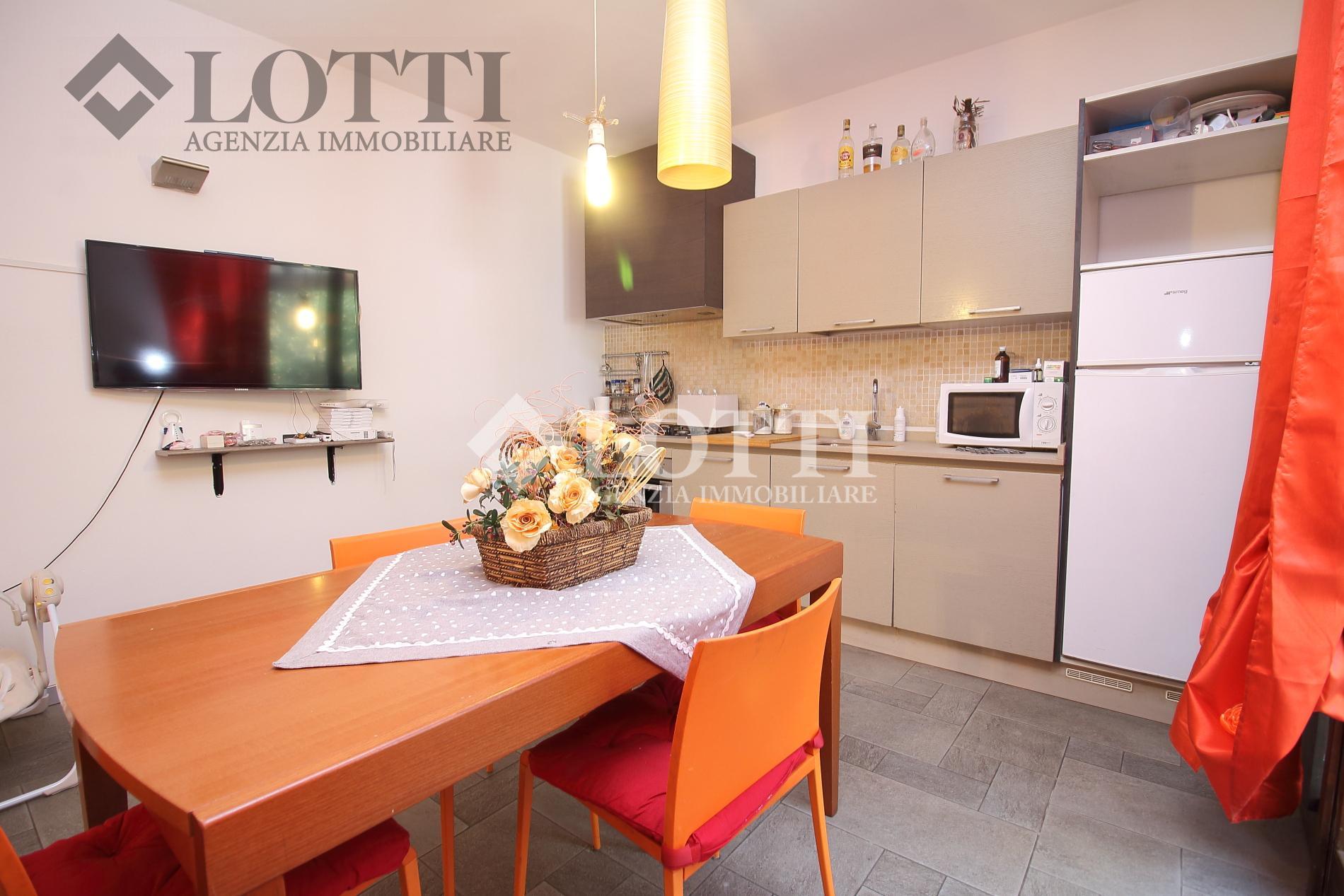 Appartamento in vendita, rif. 447