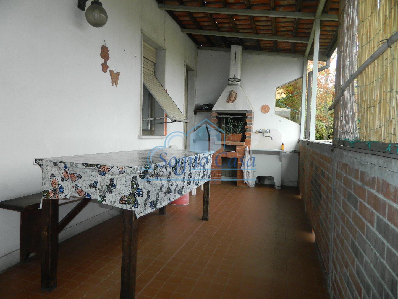 Casa semindipendente in vendita a Caniparola, Fosdinovo (MS)
