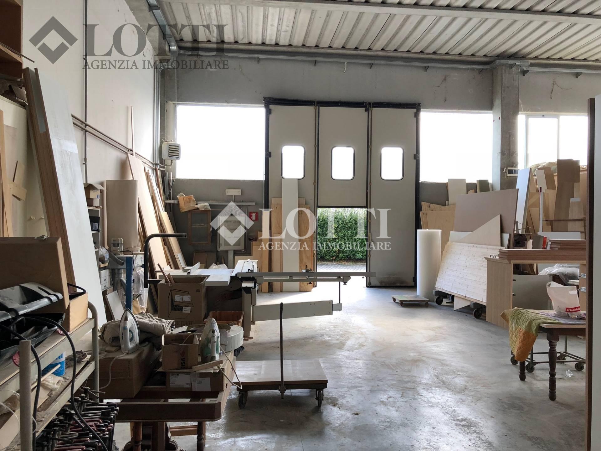 Capannone industriale in vendita, rif. 549