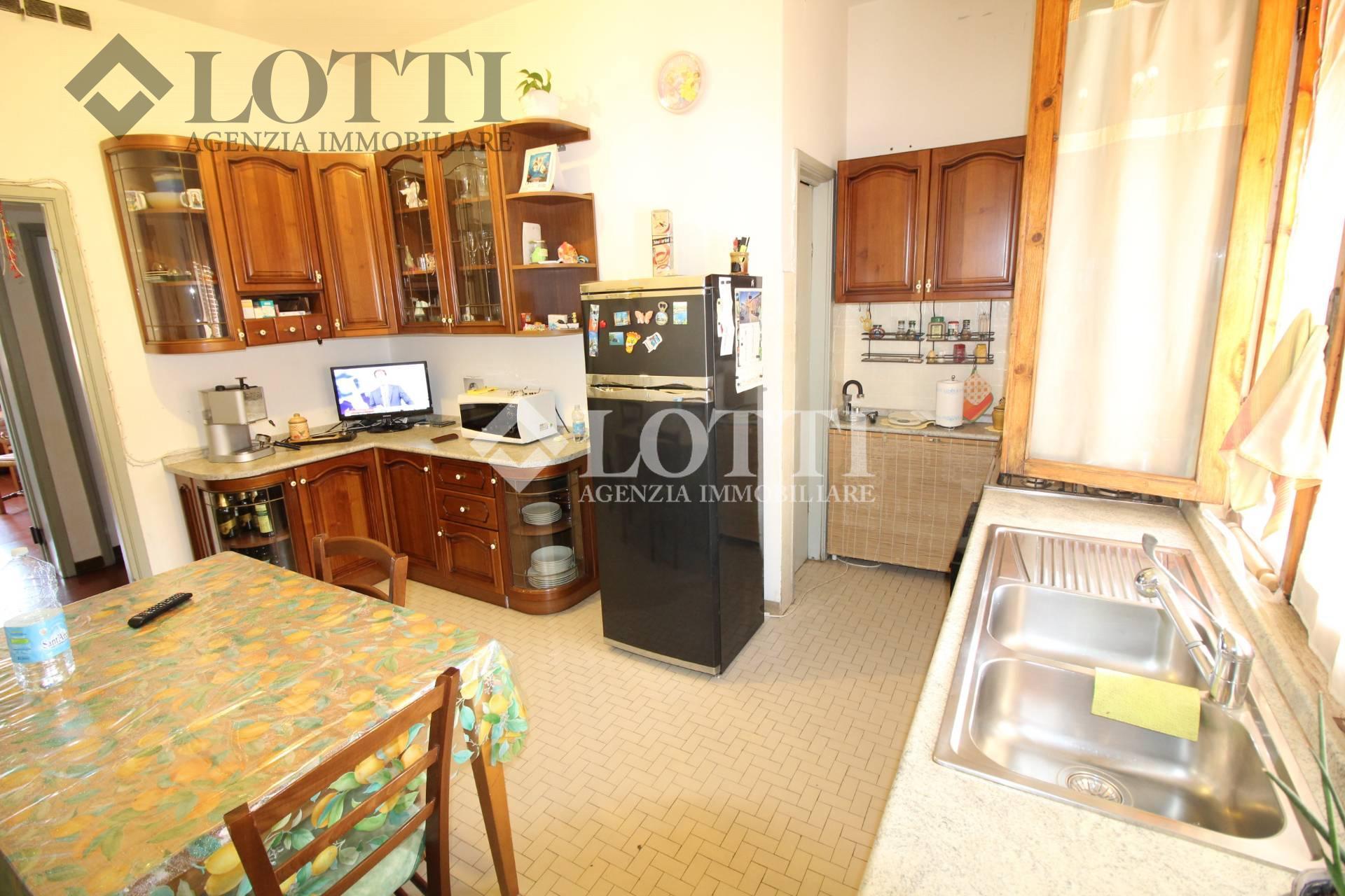 Appartamento in vendita, rif. 456