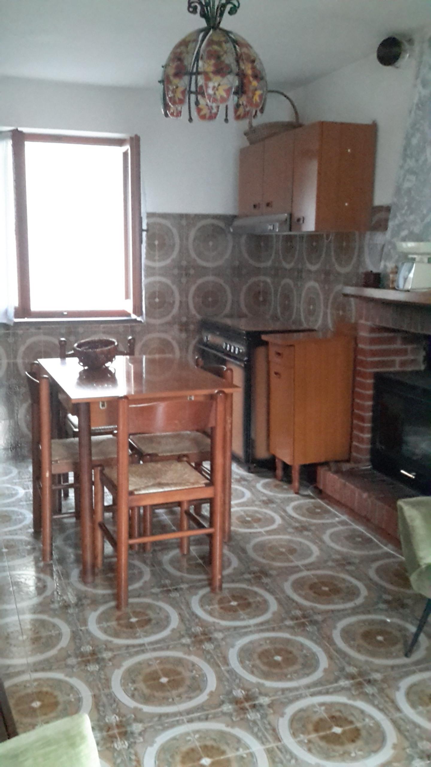 Foto 2/13 per rif. V 802018 casa rustica Versilia