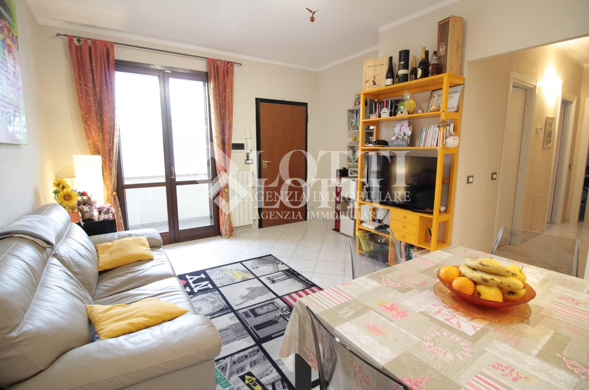Appartamento in vendita, rif. 449