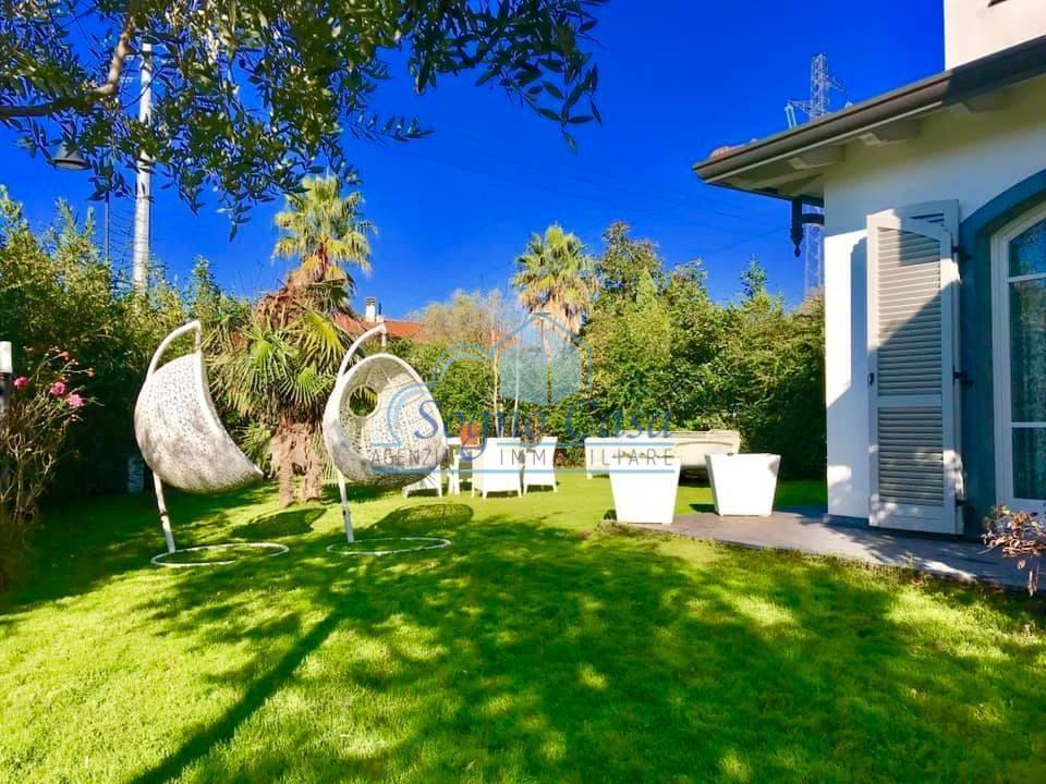Casa semindipendente in vendita, rif. 106532