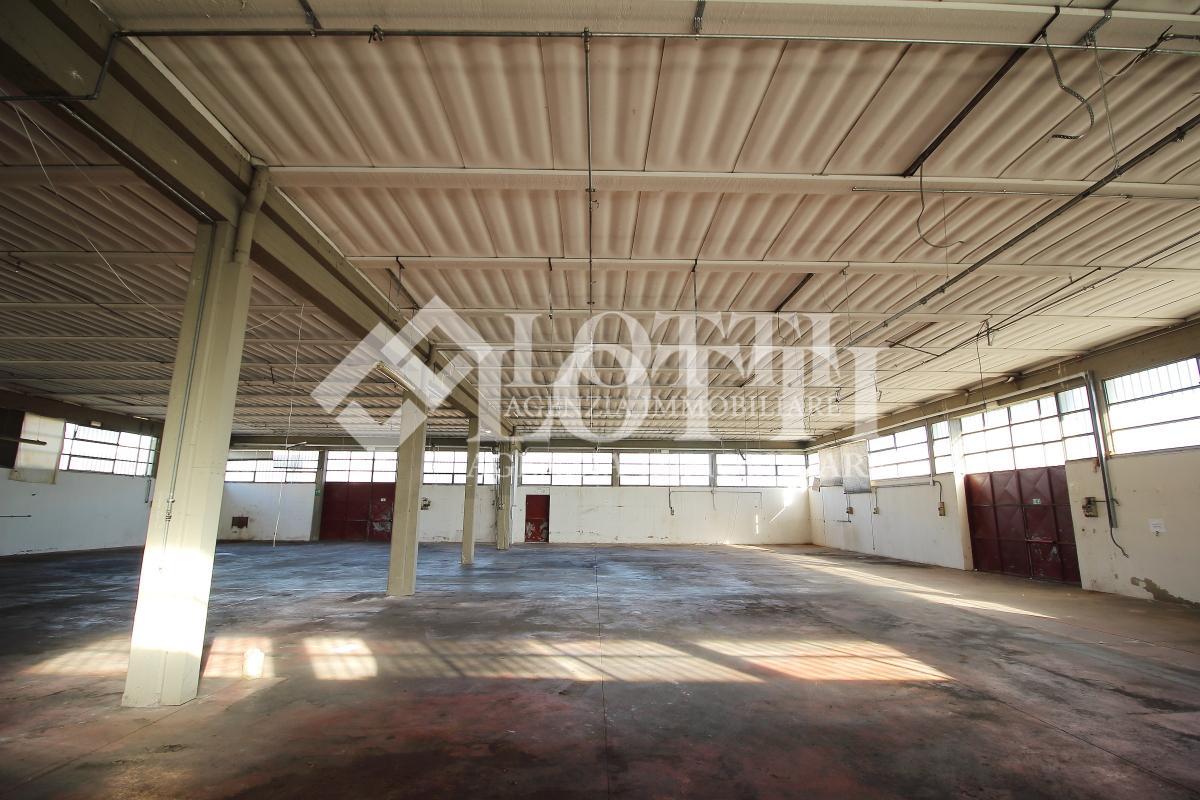 Capannone industriale in vendita, rif. 588
