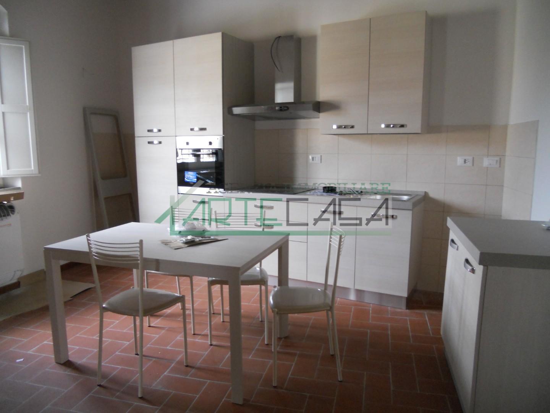 Appartamento in affitto, rif. AC6494
