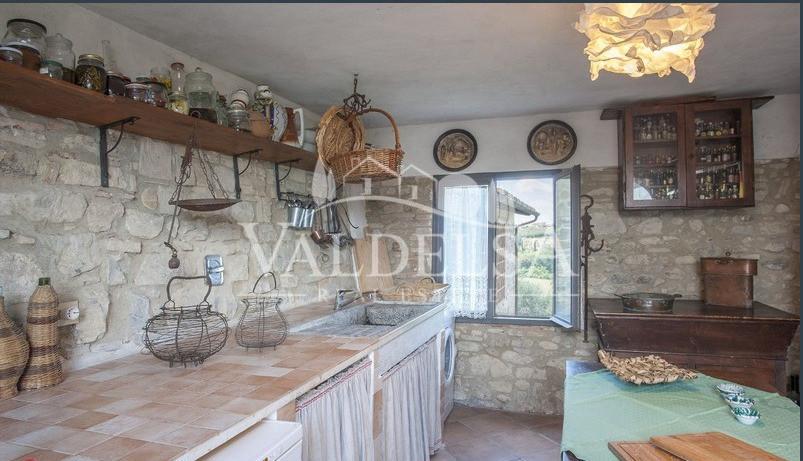 Porzione di casa in vendita, rif. 455