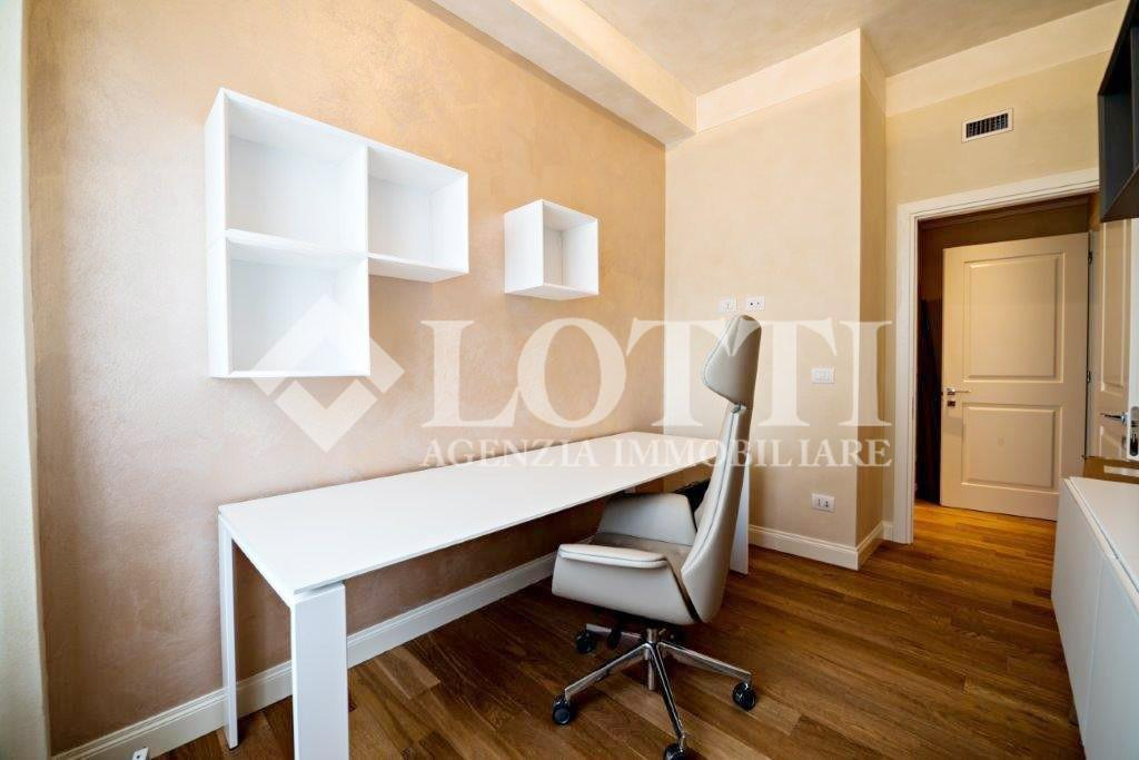 Appartamento in Vendita, rif. 398