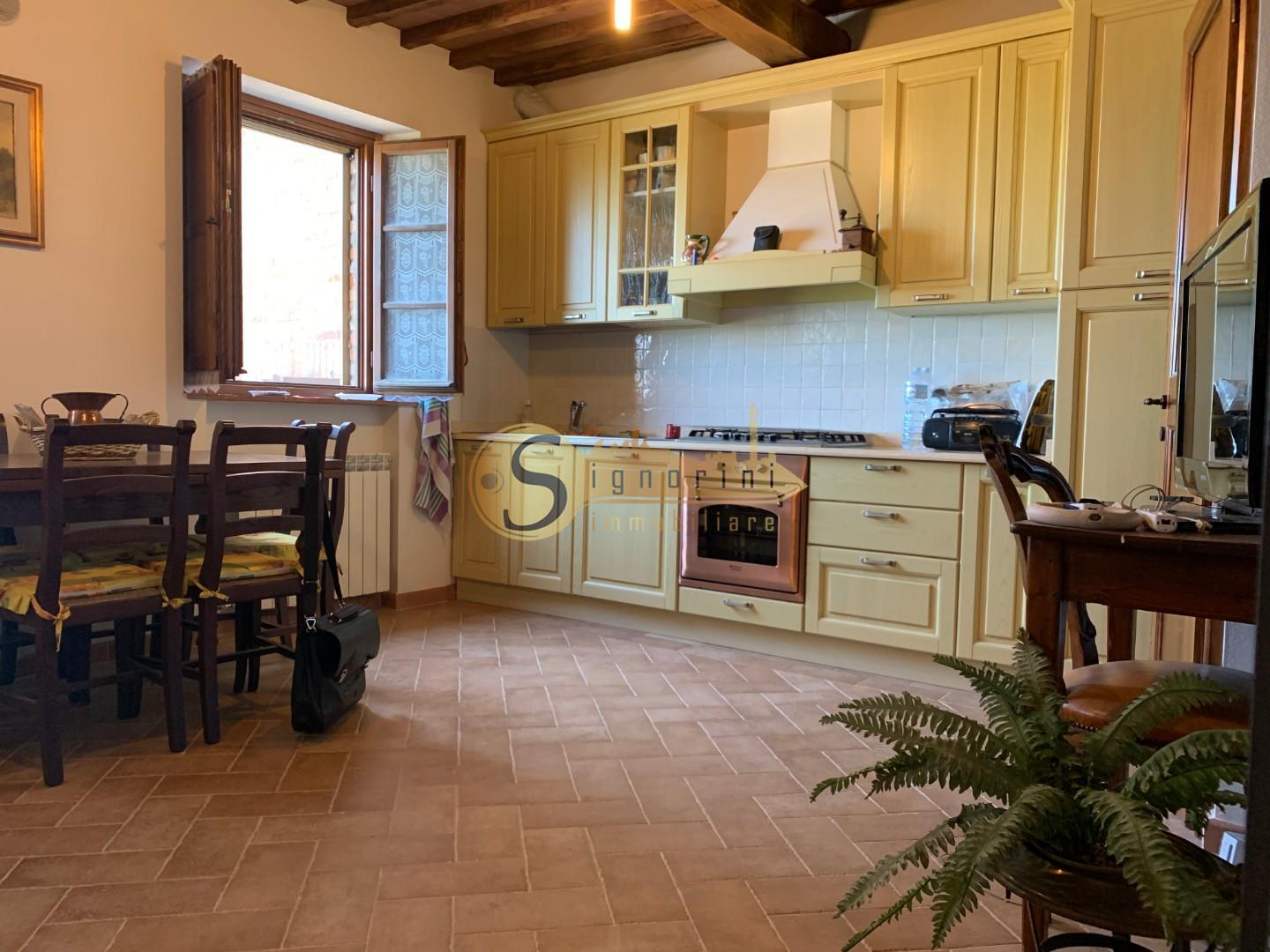 Townhouses for sale in Asciano (SI)