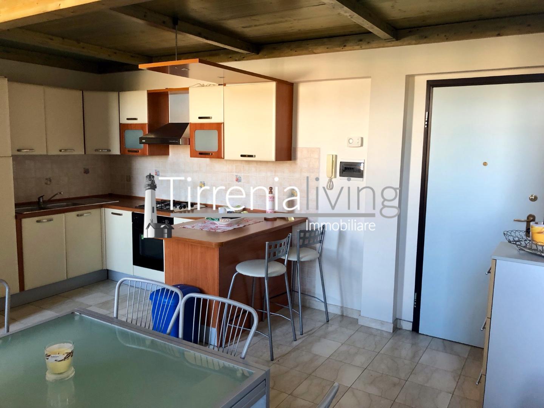 Appartamento in affitto, rif. A-439