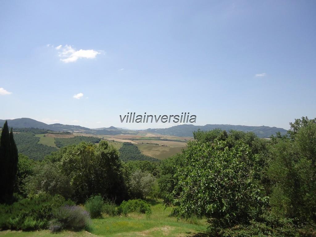 Foto 1/2 per rif. V 222019 azienda  agricola Siena