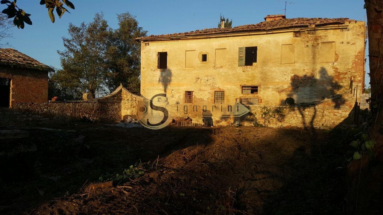 Casale in vendita a Asciano (SI)