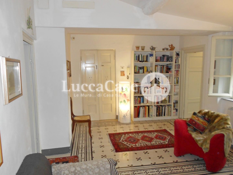 Appartamento in vendita, rif. E044J