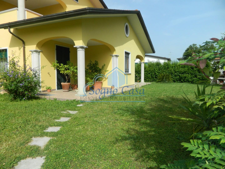 Villa singola in vendita a Luni (SP)