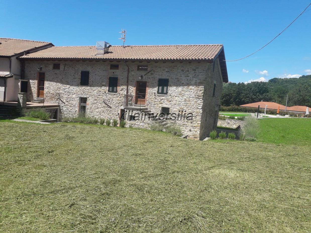 Foto 10/32 per rif. V 482019  casale Lunigiana