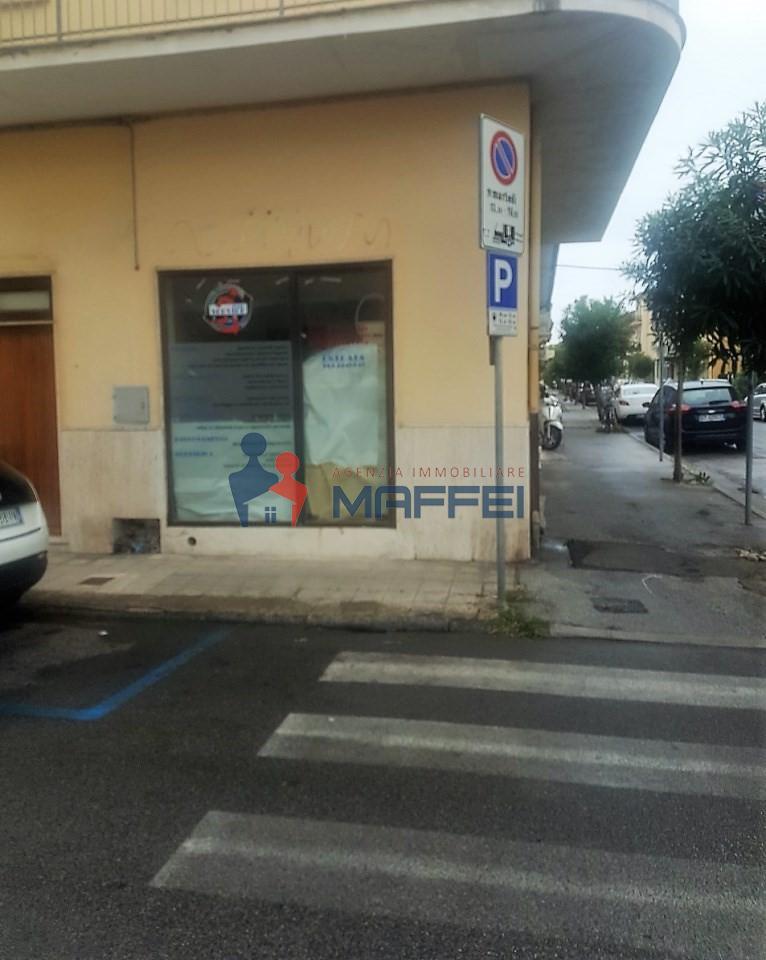 NEGOZIO in Vendita a Viareggio (LUCCA)