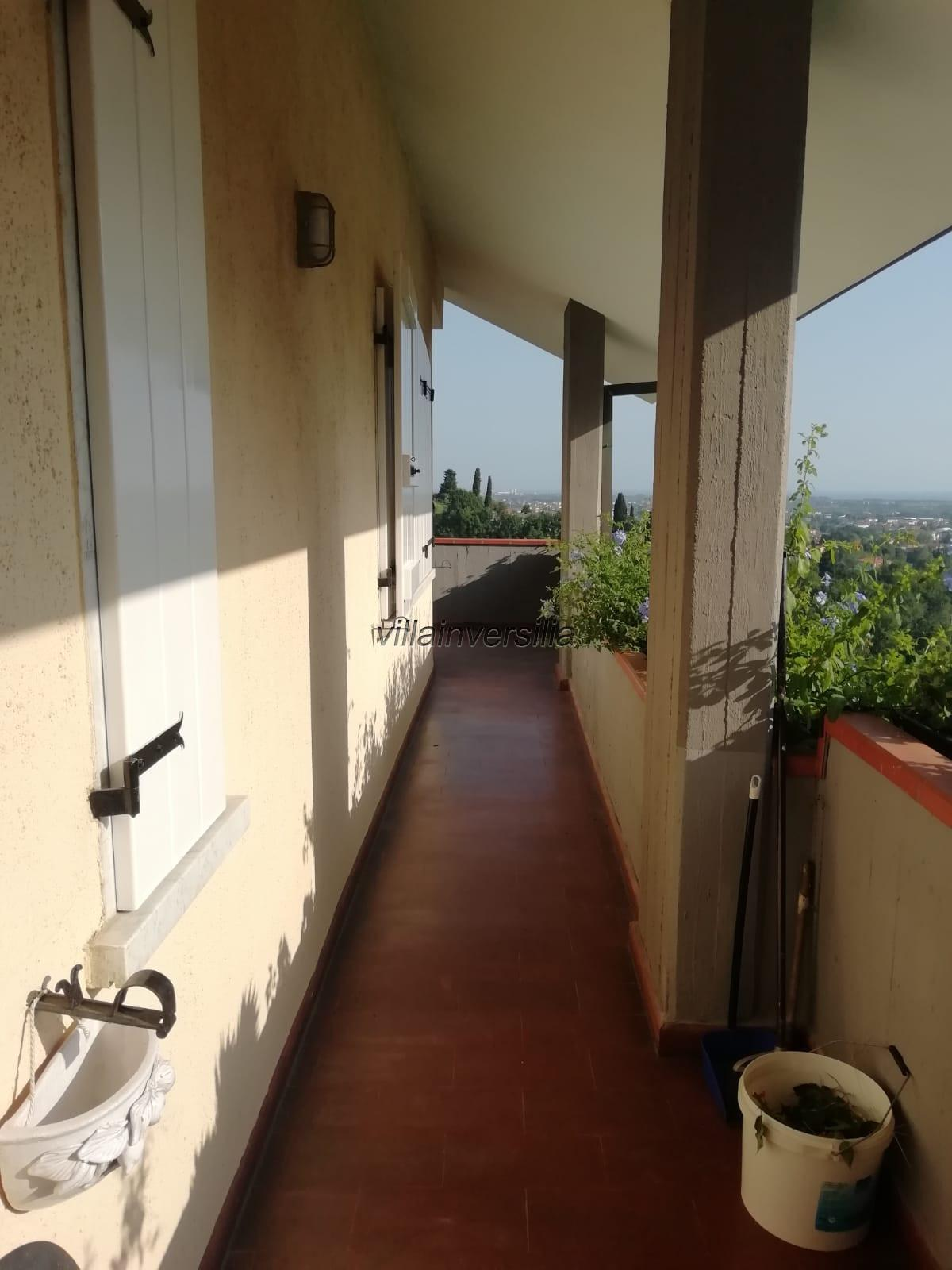 Foto 8/17 per rif. V 502019 villa  Liguria