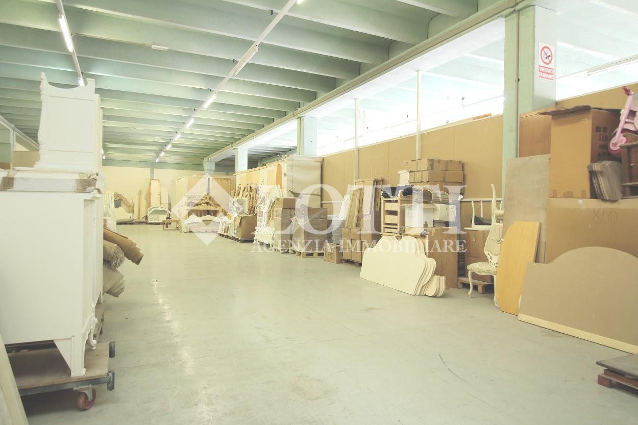 Capannone artigianale in affitto commerciale, rif. 642