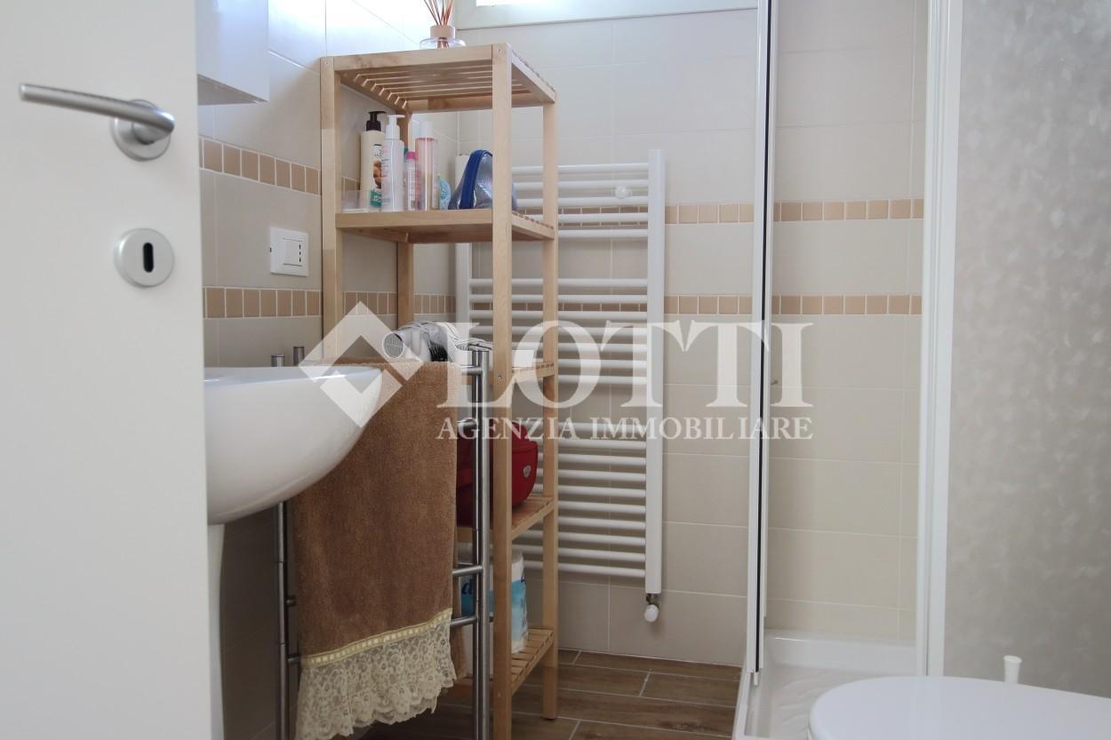 Appartamento in affitto, rif. 644