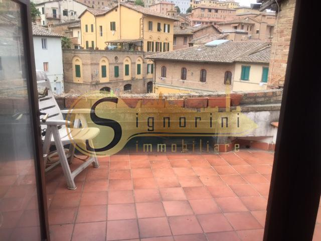 Townhouses for sale in Siena