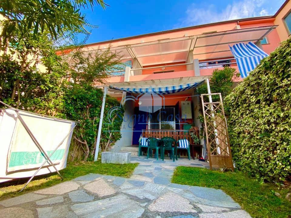 Appartamento in vendita a Ameglia, 2 locali, prezzo € 180.000 | PortaleAgenzieImmobiliari.it