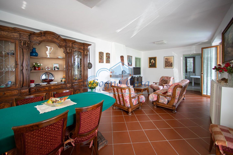 Casa singola in vendita, rif. 106767